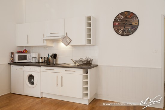 Appartement arnaud miqueu chambre d hote gite for Petite cuisine equipee